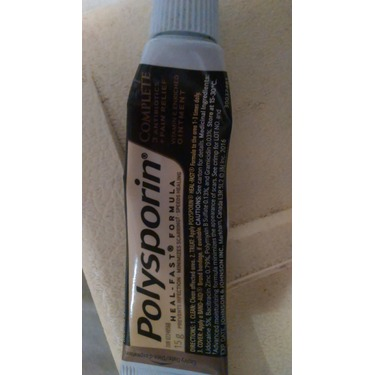 POLYSPORIN® Complete Antibiotic Ointment Heal-Fast Formula