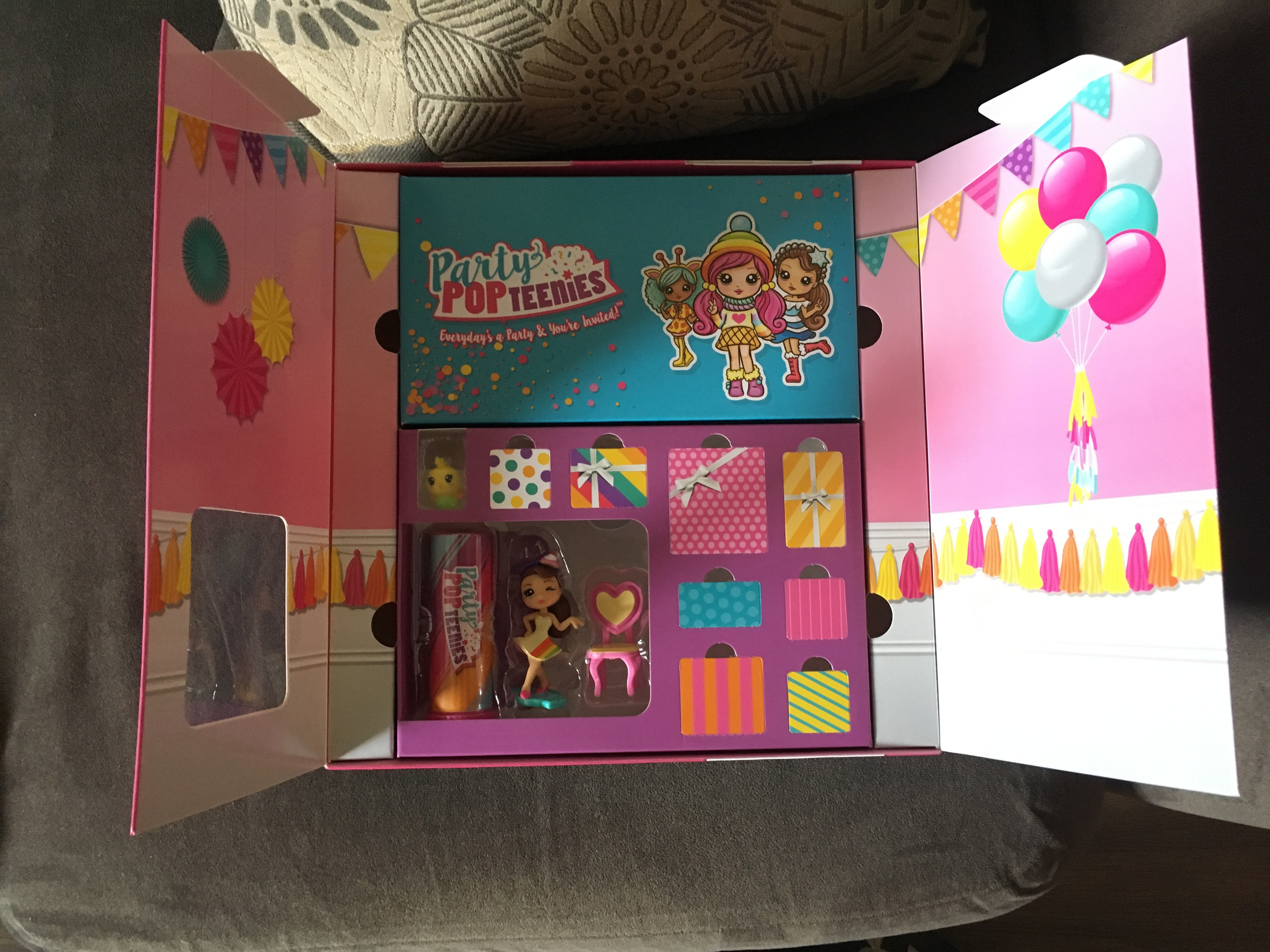 party popteenies party surprise box playset reviews in dolls and accessories