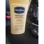 Vaseline Intensive Care Dry Skin Repair Hand Cream