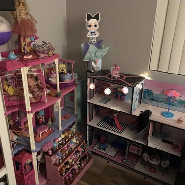 LOL Surprise Doll House With 85 surprises
