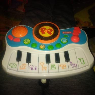 Fisher Price Musical Kids Studio Piano