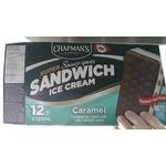 Sandwich creme glacée caramel avec sauce caramel sale chapman's