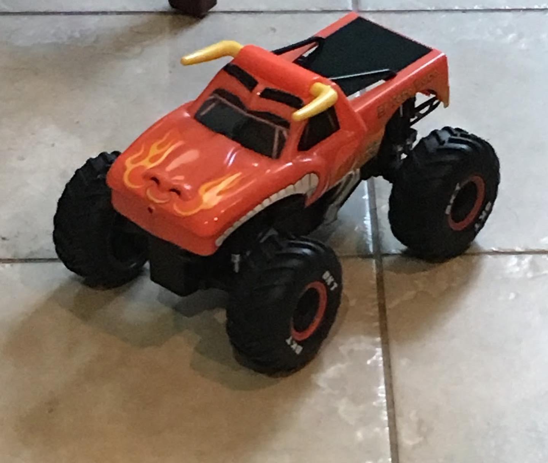 Monster Jam Official El Toro Loco Remote Control Monster Truck Reviews In Remote Control Toys Familyrated