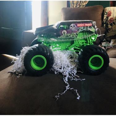 Monster Jam Monster Size Grave Digger Truck