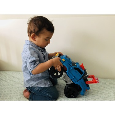 Demo Duke - Crashing and Transforming Vehicle