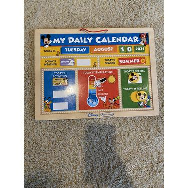 Melissa & Doug Magnetic Daily Calendar