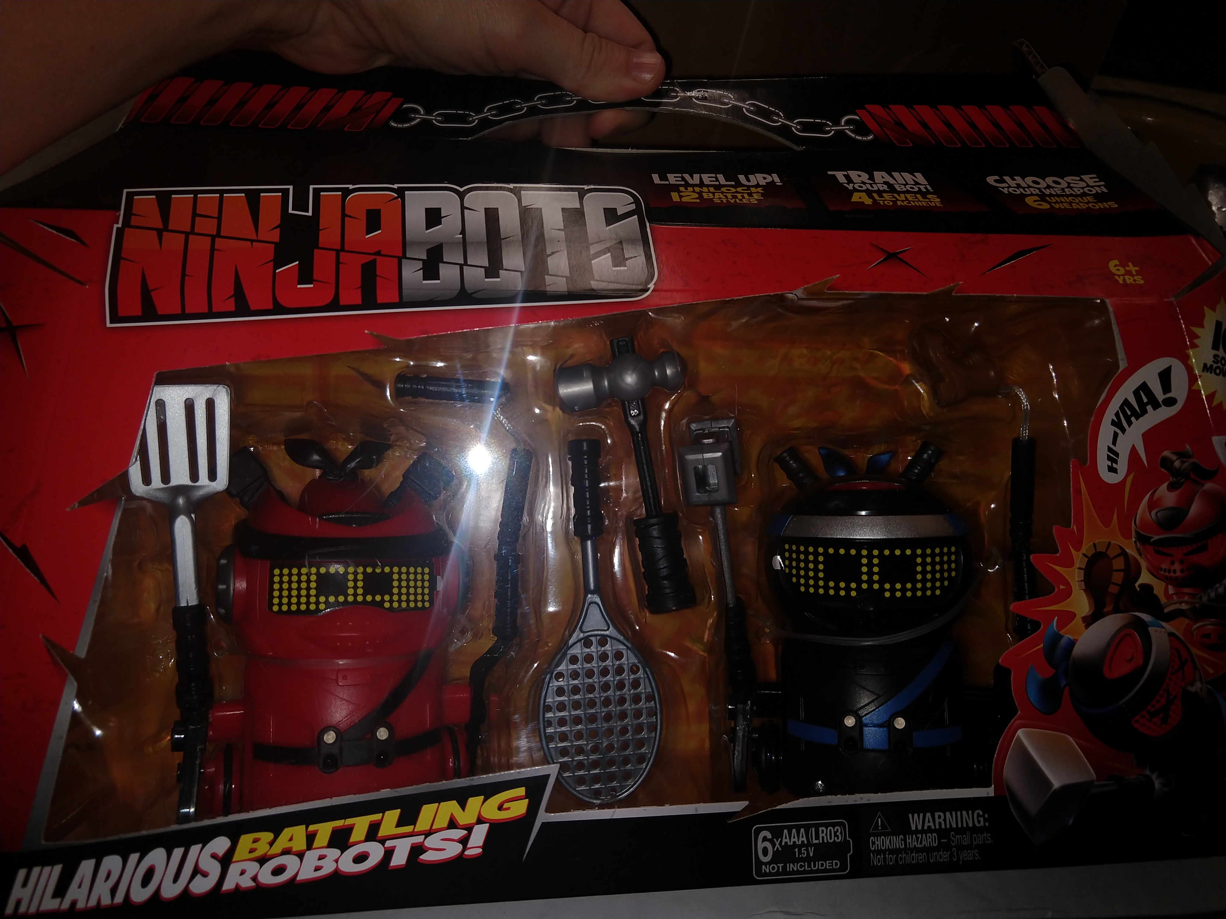 Ninja Bots 2-Pack Hilarious Battling Robots Red Black with 6 Fight Accessories