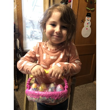 Hatchimals CollEGGtibles Spring Basket with 5 Hatchimals and 3 Pets