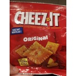 Cheez-it baked snack crakers