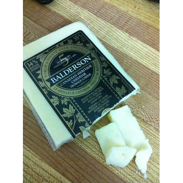 Balderson 5 year old Canadian Heritage cheddar white