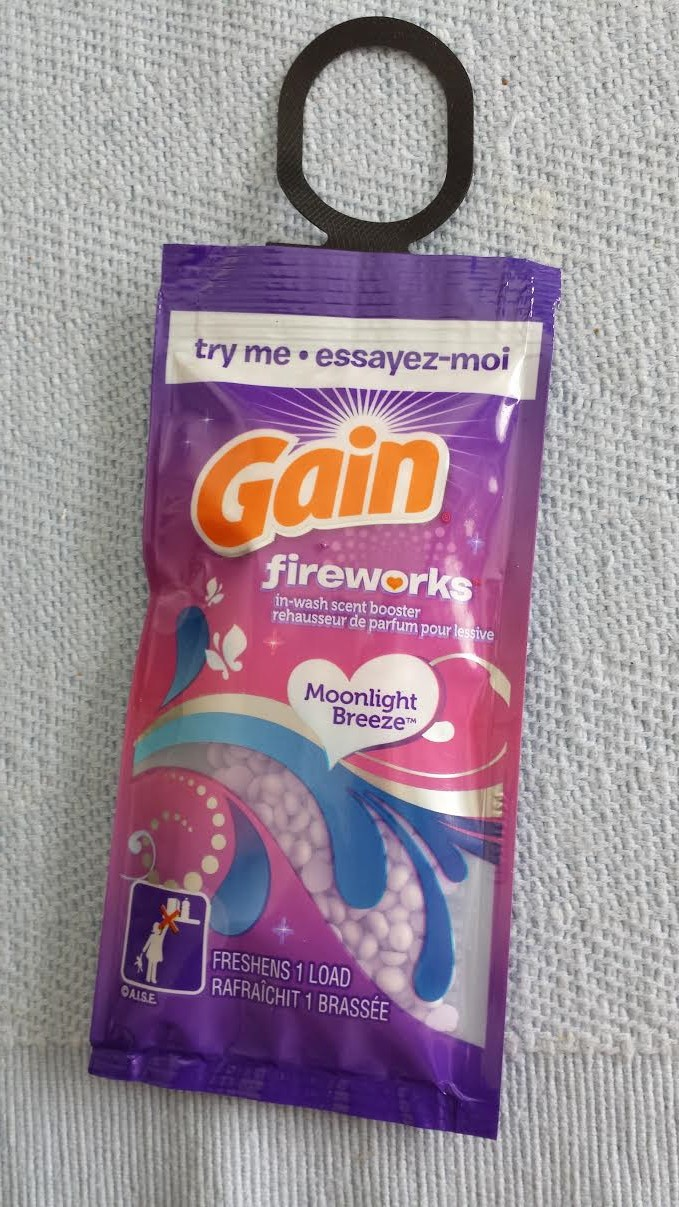 Gain Fireworks In Wash Scent Booster Reviews In Laundry Care Familyrated Page 2