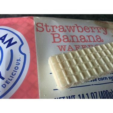 Voortman Strawberry Banana Wafers
