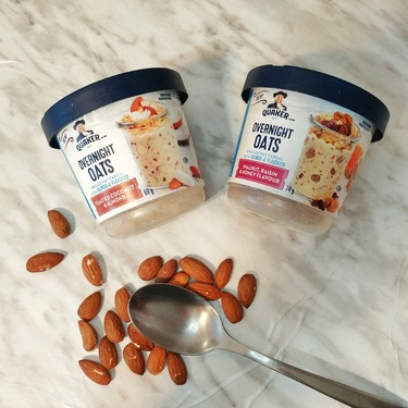 Quaker Overnight Oats toasted coconut and almond